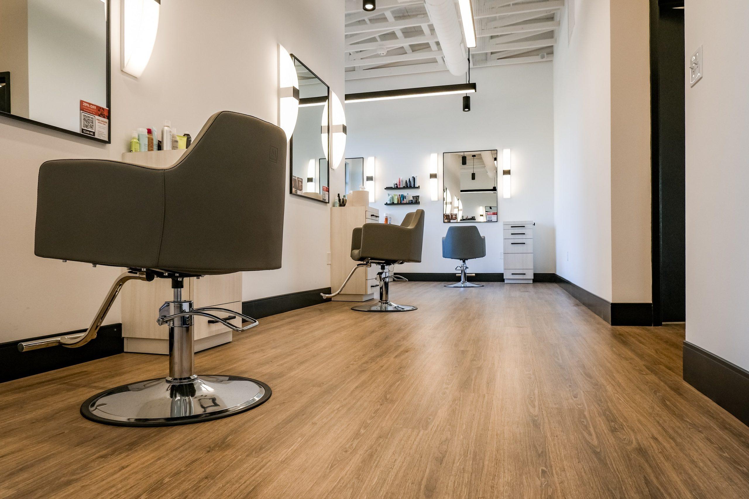 Ecco Salon 1